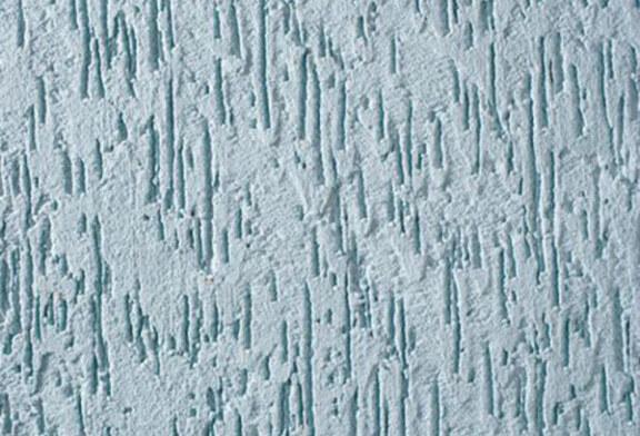 Нельзя не заметить замечательные свойства и модный вид стен с декором короед.
